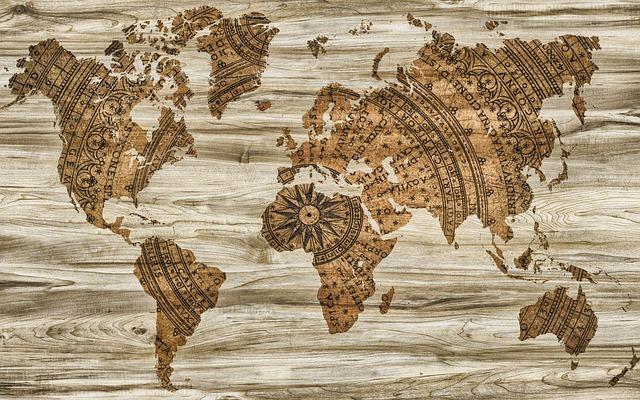 Comment valoriser son tableau carte du monde dans une pièce ?