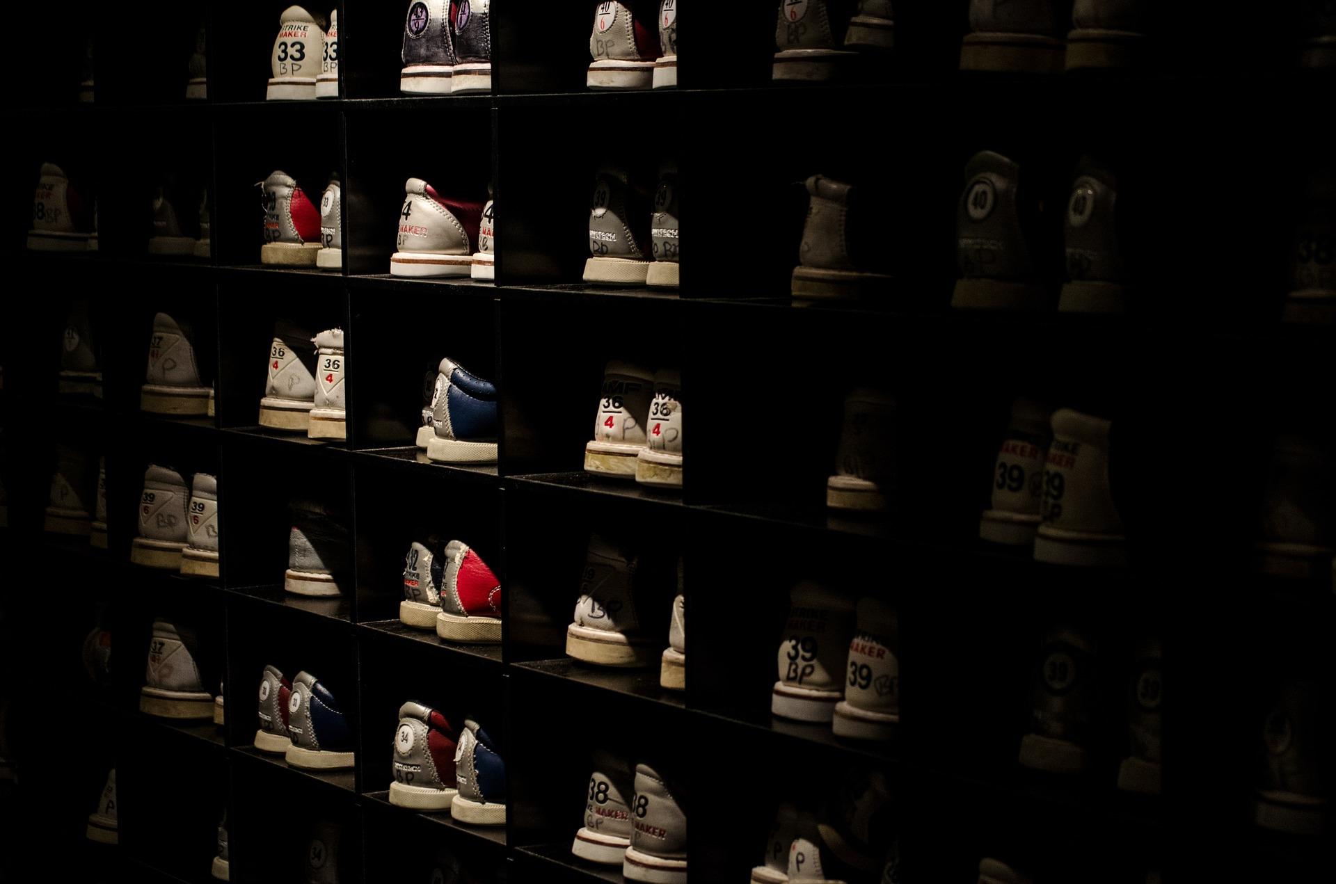 Conseils pour sélectionner un rangement à chaussures décoratif