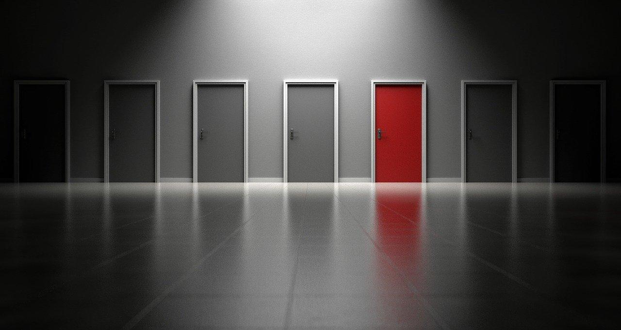 Pourquoi choisir une porte en PVC ?